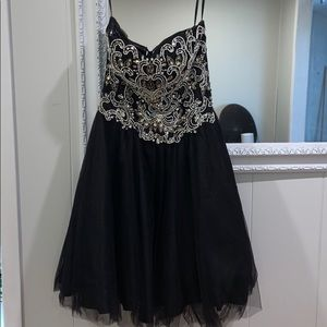 Dresses & Skirts - Grad dress/evening dress
